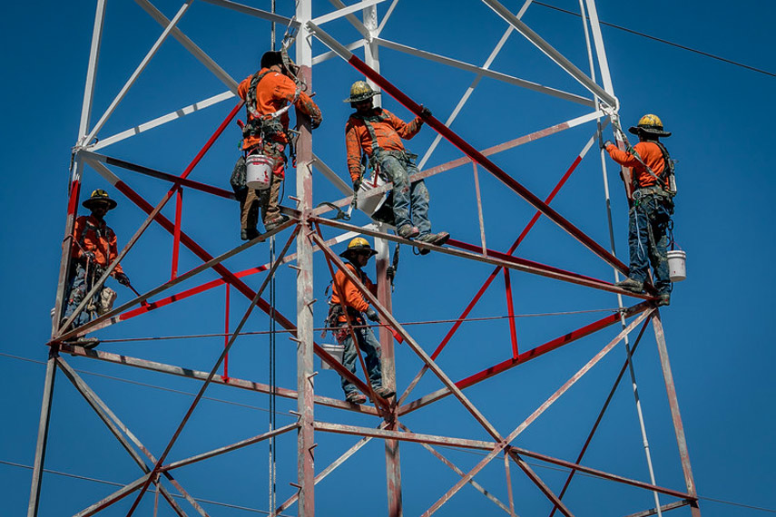 Transmission Towers with Galvanizing Paint